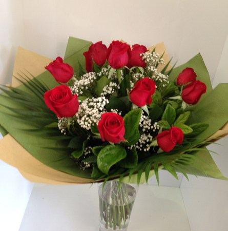 Dozen red rose bouquet occasions valentines day for 12 dozen roses at your door